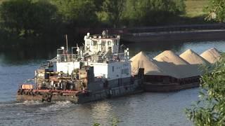 Буксир БТМ-487 с баржей 7207