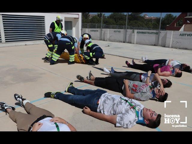 VÍDEO: Alumnos del IES Juan de Aréjula participan en un simulacro de accidente con múltiples heridos