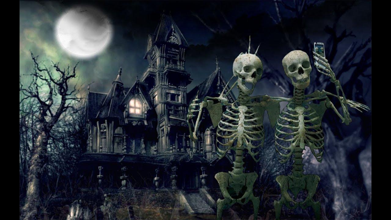 Haunted House in Montreal, Happy Halloween - YouTube