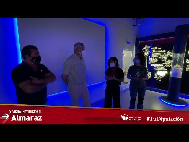 """Carlos Carlos, visita Almaraz y su Centro de Interpretación """"Orchydarium"""""""