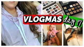 VLOGMAS DAY 17 | My Eyeshadow Palette Collection, New Clothes, Gigi's Almost Crawling!!