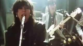 """The Pretenders versionó el tema """"Stop Your Sobbing"""" de The Kinks dá..."""