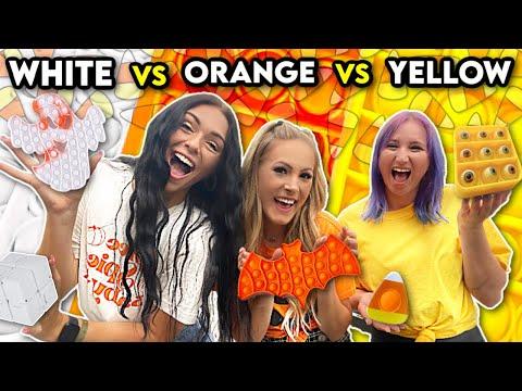 ORANGE vs YELLOW vs WHITE Fidget Shopping with Purplestars02 & Sierra!🎃🧡🌻💛👻🤍