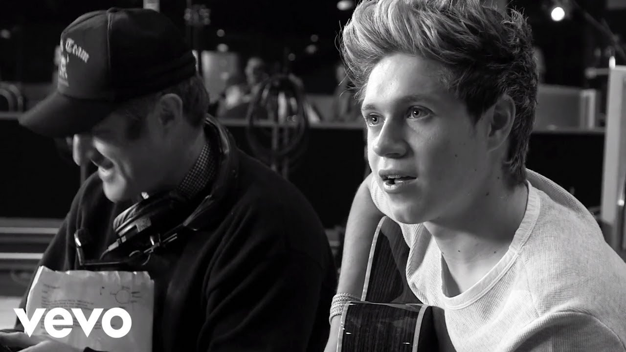 Download One Direction - Little Things - 4 Days To Go