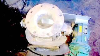 Rotary airlock valve testing with abrasive material