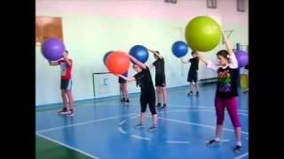 урок  физкультуры в 10 классе