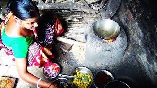 গ্রাম্য বধূর তৈরি অসাধারণ স্বাদের পটল চিংড়ি ll Delicious Indian Rural Recipe