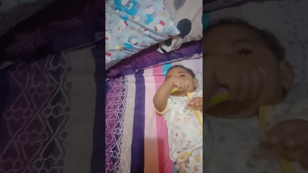 keseharian bayi lucu saat lockdown di rumah - YouTube