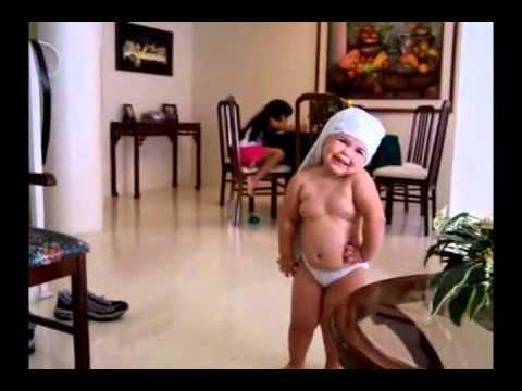 Funny Kid Dancing for Shakira