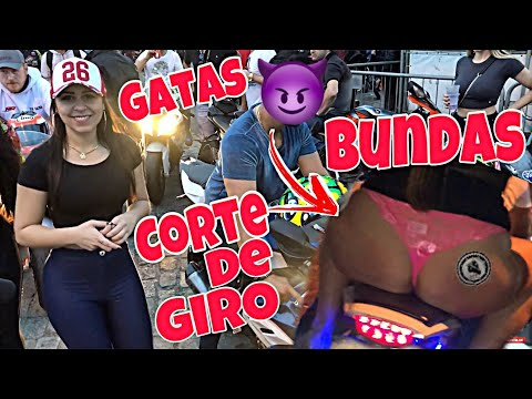 OLHA O QUE A MINA FEZ - PARANAGUÁ MOTOS - PART1   BIKE MEETING BURNOUT