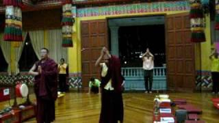 Drukpa KL-Ngondro Prostration Practice