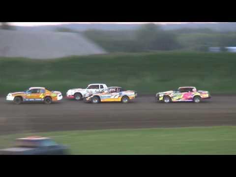IMCA Stock Car Heats Marshalltown Speedway 5/26/17