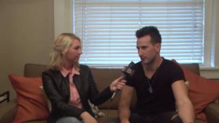 """Russell Dickerson talks about story behind hit song, """"Yours"""" Video"""