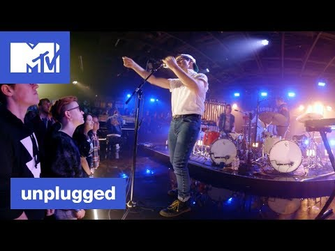 'Everybody Lost Somebody' 360° Bleachers Performance | MTV Unplugged