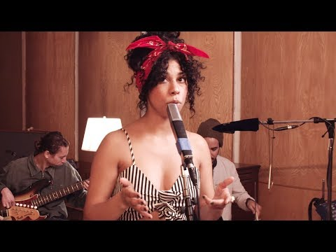 Thoughtless (Live) - Monica Martin & Scary Pockets