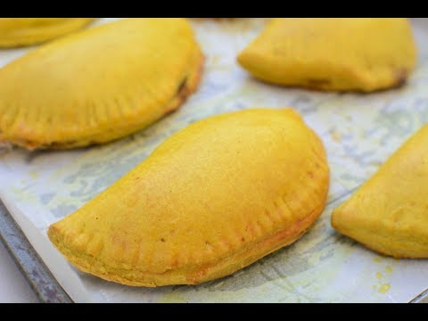 jamaican-meat-pie-|-jamaican-beef-patties-|-chef-lola's-kitchen