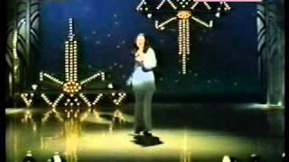 Dana Valery sings Italian Medley