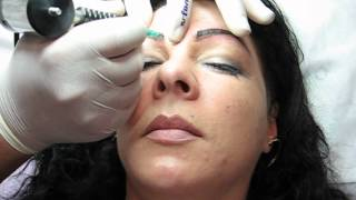 Conturarea sprancenelor salon tatuaj manichiura Zarescu 0745001236 http://www.machiajtatuaj.ro