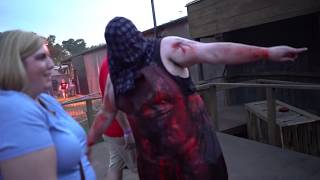 "[4K]NEW ""Simon's Slaughterhouse"", Busch Gardens Howl O Scream 2018 Haunted House Walkthrough"