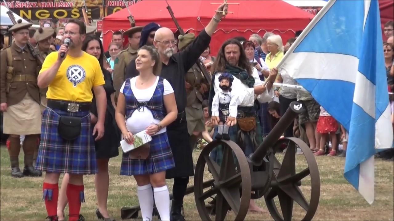 Video Hod skotským závažím do dálky jednoruč