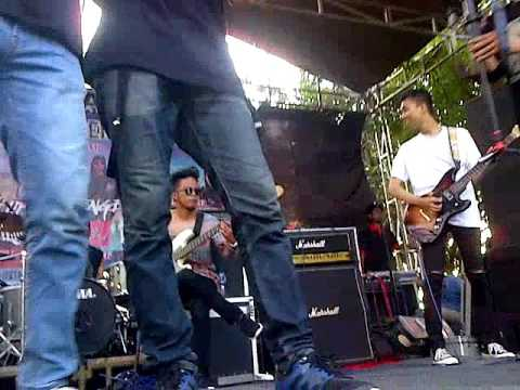 For Revenge-Permainan Menunggu at Loning party Pemalang