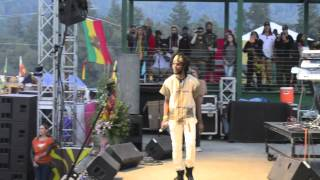 "Chronixx ""Start a Fyah"" Live at Reggae on the River 2013"