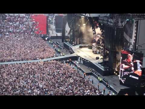 AC/DC Wembley 26/6/09 Shot Down In Flames