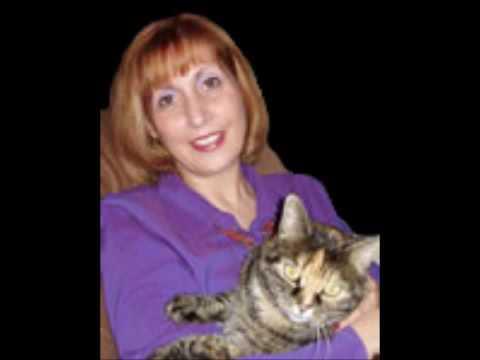 with Dr. Katrina Warren, star of Purina's Animal Planet TV , Housecat Housecall