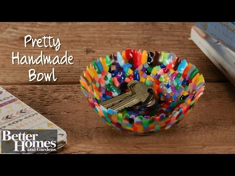 Handmade Bowl: $5 Gift Idea!
