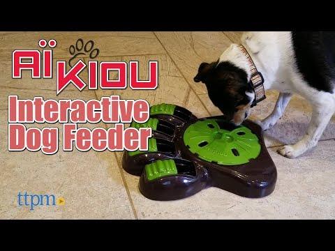 Interactive Dog Feeder Paw from Aikiou