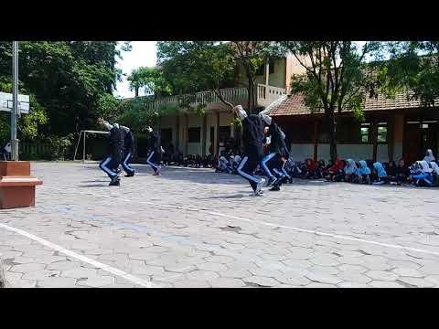 Dance SMPN 2 SUGIO