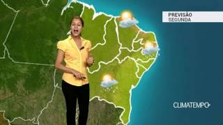 Previsão Nordeste -Chove com raios no interior
