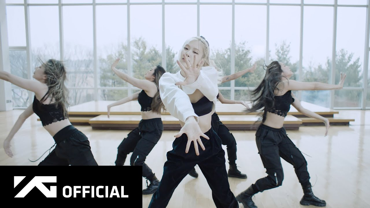 ROSÉ – 'On The Ground' Dance Performance