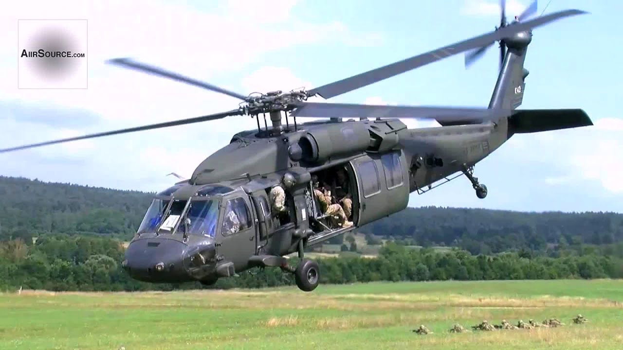 Uh 60 Blackhawk U S Army Air Movement Training Youtube