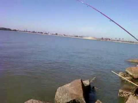 Jetty fishing doovi for Port aransas jetty fishing report