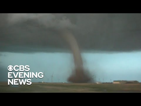Tornadoes And Severe Weather Pummel Central U.S.