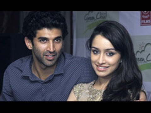 Aditya & Shraddha's 'Aashiqui' Takes Place in God's Own Country! | Hot Bollywood News | Kerala