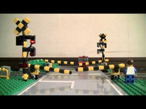 LEGO automatic level crossing