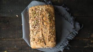 Glutenfreies Low Carb Brot Rezept ohne Mehl und viel Eiweiß