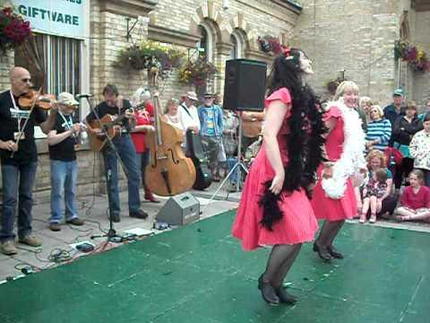 Feet First at Saltburn Folk Festival 2011. Part One