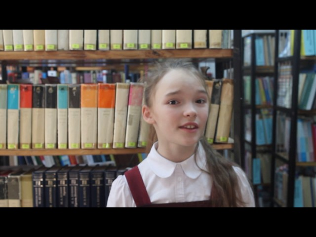 Изображение предпросмотра прочтения – МарияГлумова читает произведение «Кукушка и Петух» И.А.Крылова