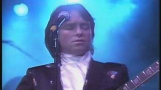 I'm Mandy, Fly Me - Live 1982