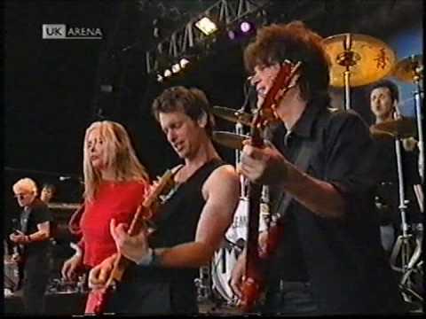 """Blondie, """"Rapture"""" (live) 1999 (HQ) Glastonbury"""