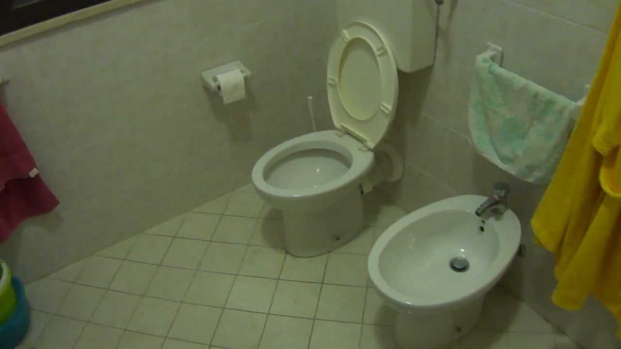por que el baño es solo para mujeres? - youtube - Imagenes De Bano Solo Para Mujeres