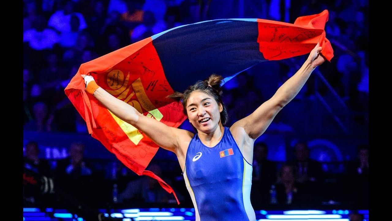 Монголын чөлөөт бөхийн анхны эмэгтэй олимпийн медальтан С.Батцэцэг