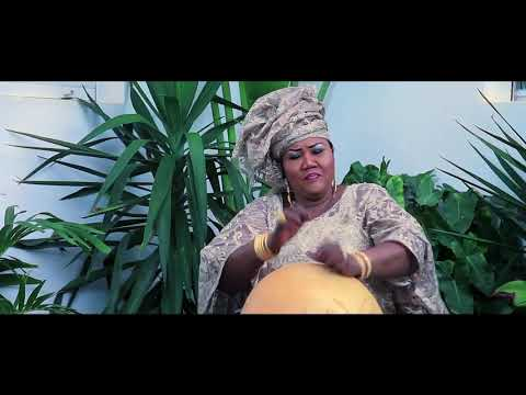 Ndéye DIOUF SERIGNE FALLOU   Mame Adji Fa