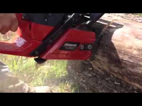 Jonsered cs 2171 turbo chainsaw cutting seasoned oak