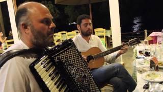 Pari Isazade with great Greek musicians