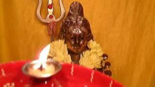 SHIVRATRI AARTI - OM JAI SHIV OMKARA WITH REAL AARTI FLAME FOR MAHASHIVRATRI