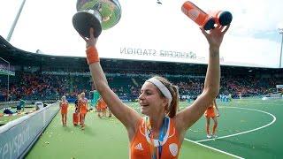 Eva De Goede   The Most Complete Player In Hockey